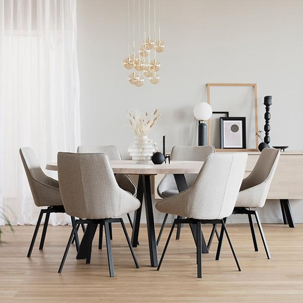 Rowico Fred-ruokapöytä valkopesty tammi Alison-tuolit
